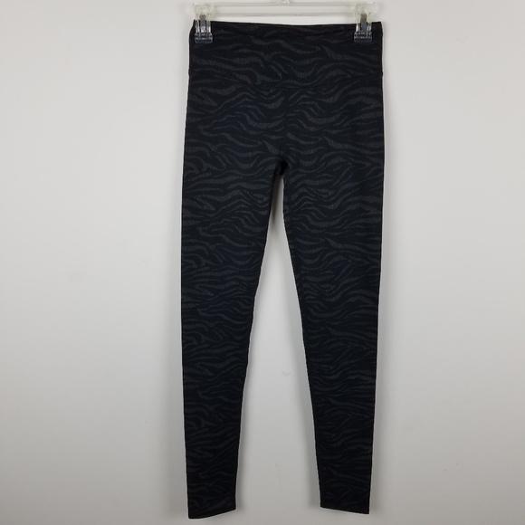 278437f665c451 Fabletics Pants | Salar Printed Powerhold Legging Xxs Tall | Poshmark